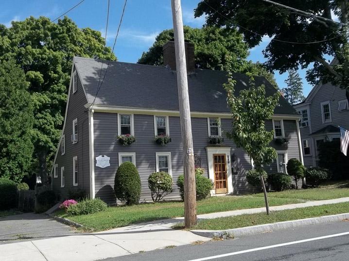 Thorndike, Capt. John House, 184 Hale St, 1702