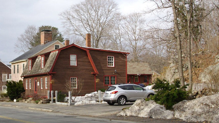 Thorndike, Robert House, 238 Hale St, c 1722