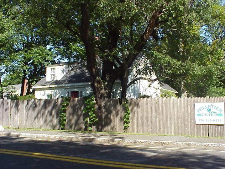 Jeffrey Thissel House, 574 Hale St. Beverly MA c 1668