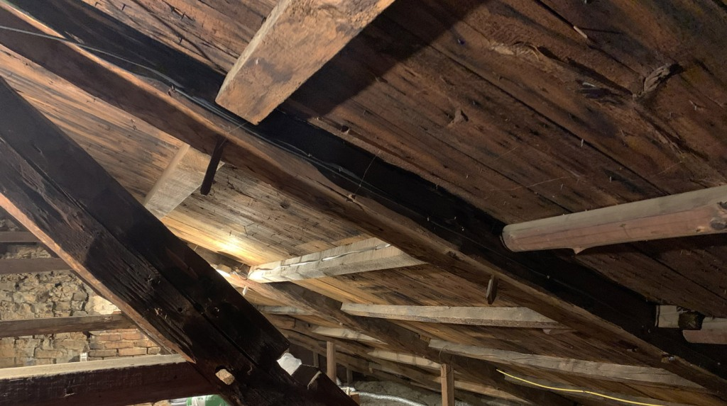 Saltbox rafter and purlin framing in the Edward Browne house in Ipswich