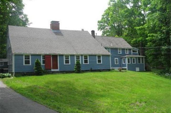 Hazen - Kimball - Aldrich House 225 East Main St c 1710