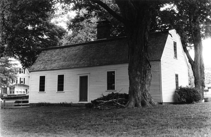HVR.1030 Ward, John - Nichols, Algernon P. House 240 Water  St.  Haverhill MA c 1720