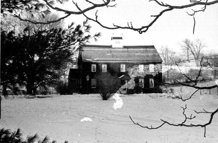 Hastings, Robert House East  Broadway  Haverhill MA r 1686