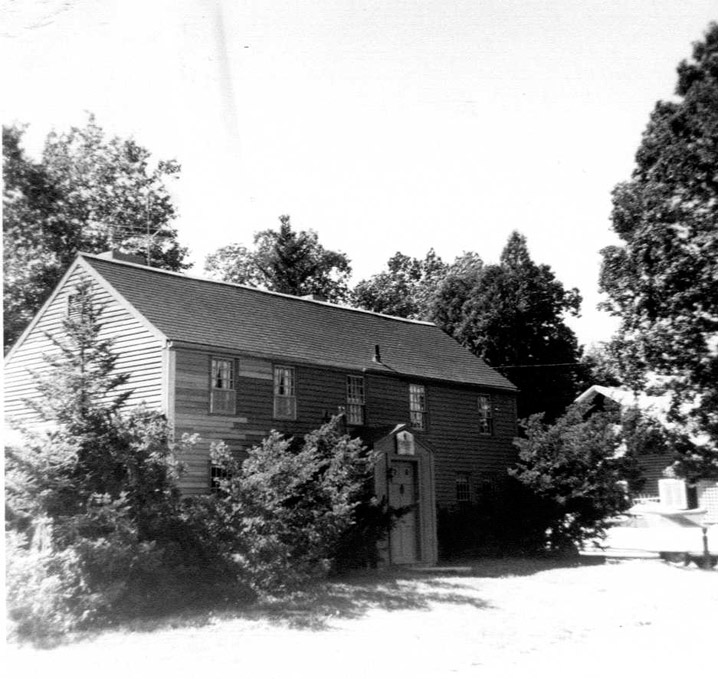 Goodrich, Oliver House, Forest St., r 1725 Newbury MA