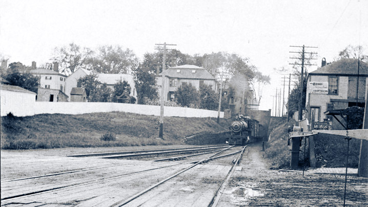 Steam locomotive entering Newburyport, early 20th Century