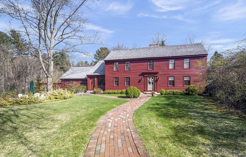 The house at 373 South Main St. is traditionally said to have been built about 1740 by blacksmith Jonathan Holt on land of his father, Oliver Holt.