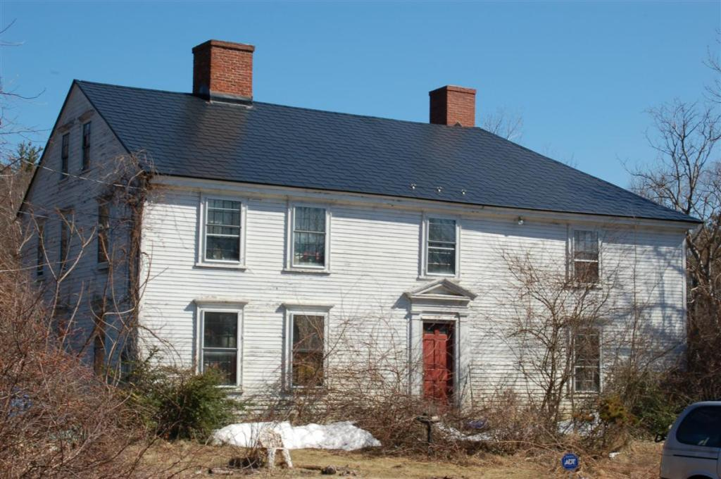 The original building at 117 Osgood St. in Andover , traditionally dated from 1699, the year of Stephen Osgood's marriage to Hannah Blanchard,