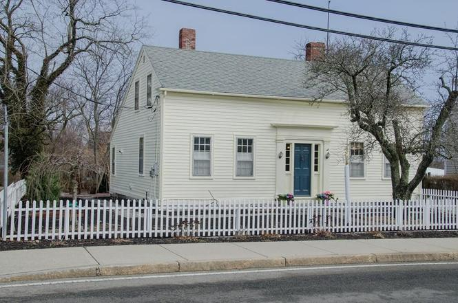 15 South St Rockport c 1730